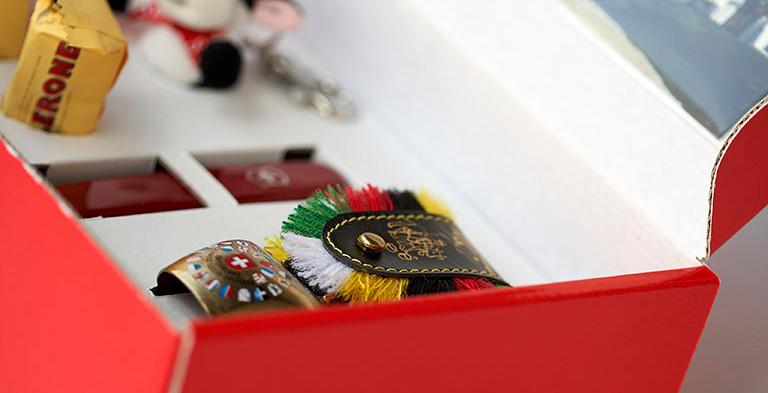 Giveaways, Geschenkbox, Wellkarton kaschiert
