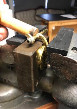 Straightening sax keys