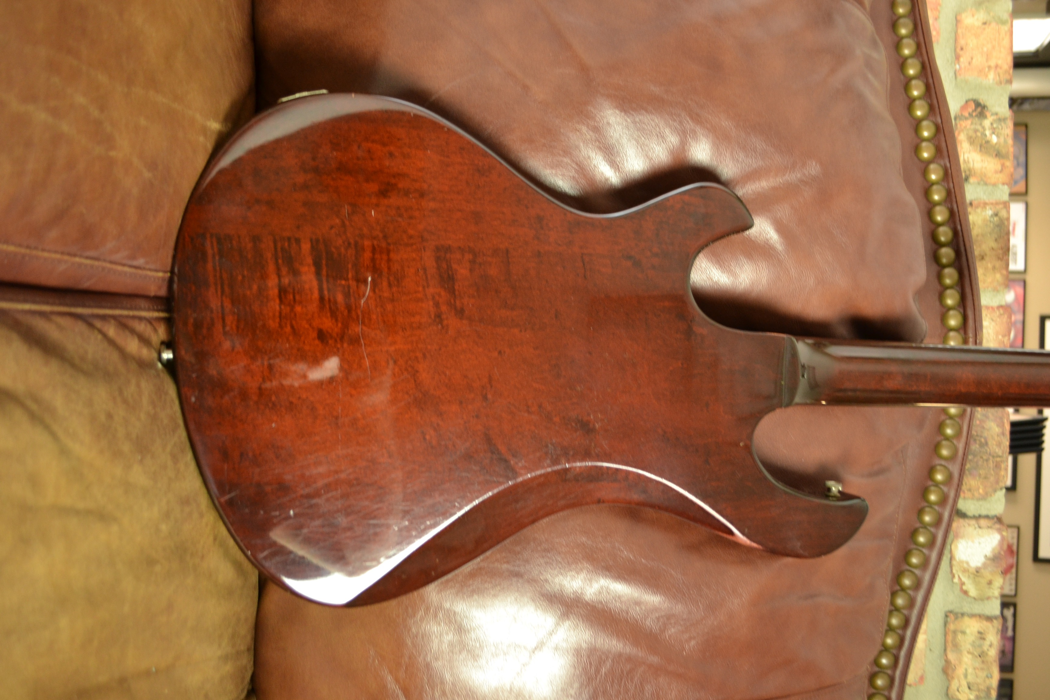Gibson Victory Guitar