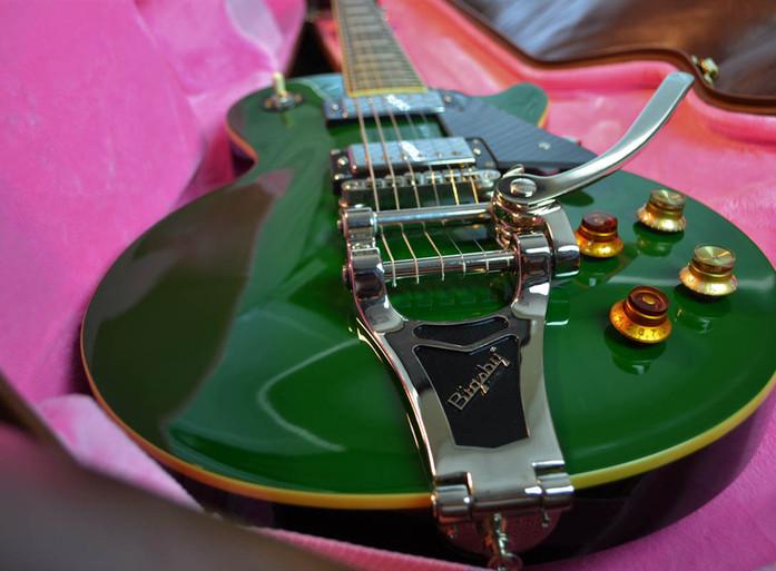les-paul-green=bonamassa-1.jpg