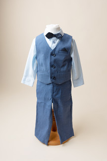 boys 1st birthday suit for photoshoot
