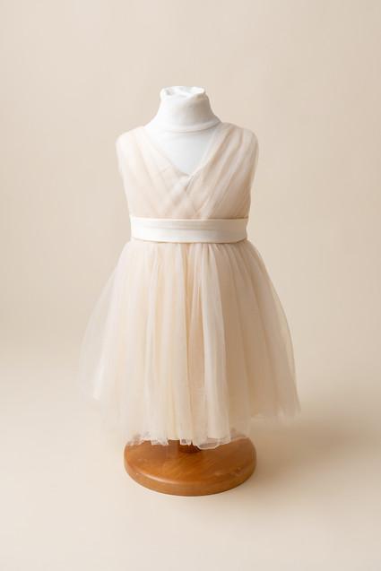 cream little girls dress for photoshoot near me