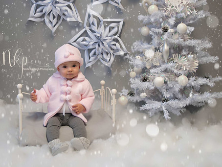 Introducing NKP's Limited Edition Christmas Sessions 2016! Newborn, baby and family photographer