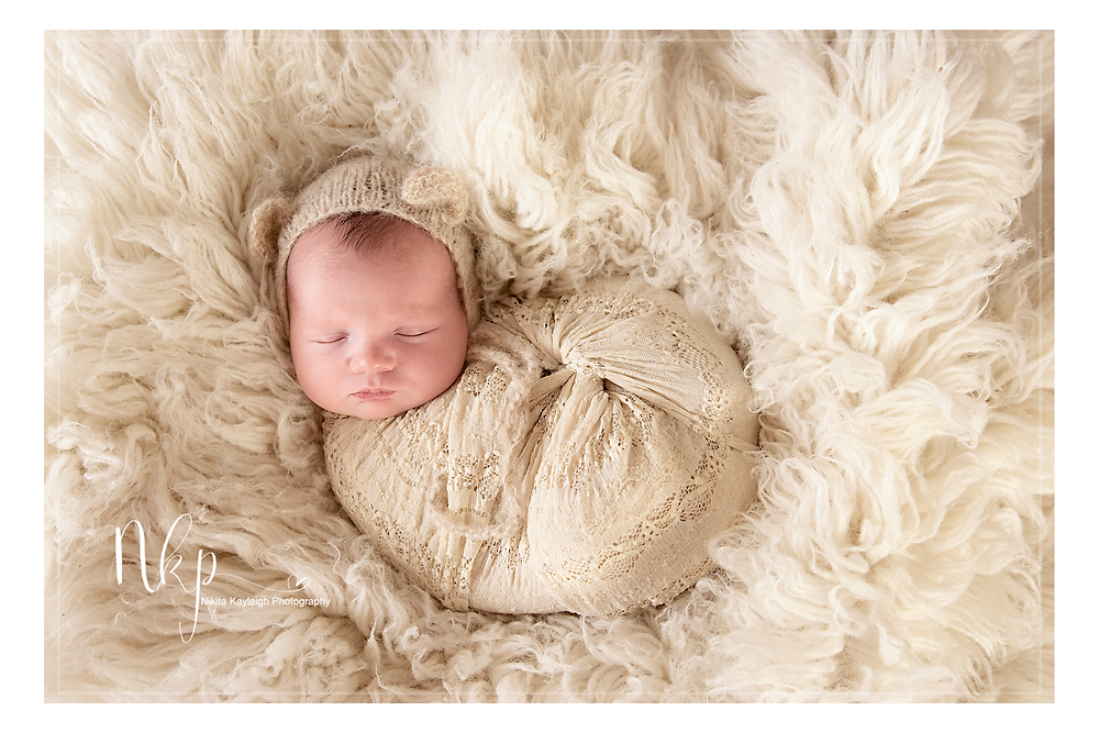 newborn photographer lancashire