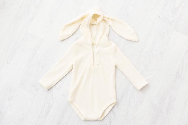cream unisex bunny romper 6-9 months for baby photoshoot