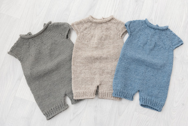 knitted baby rompers baby photoshoot