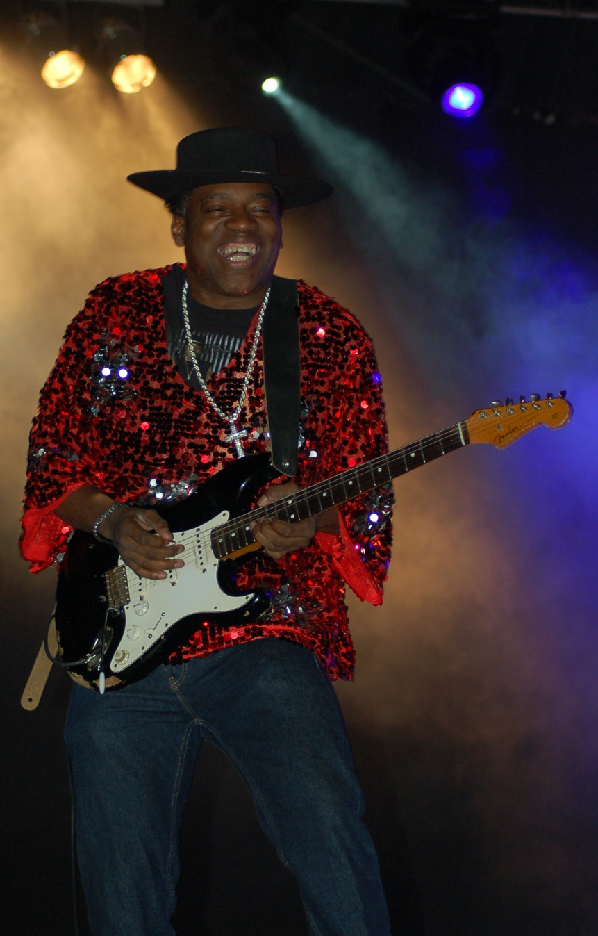 CARVIN JONES, mayo 2013