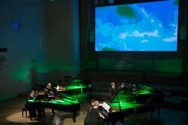 Estonian Piano Orchestra roheline1.jpg