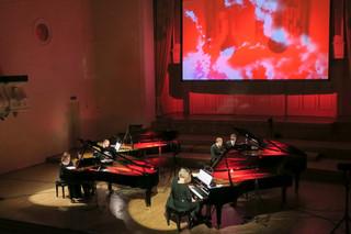 Estonian Piano Orchestra punane2.jpg