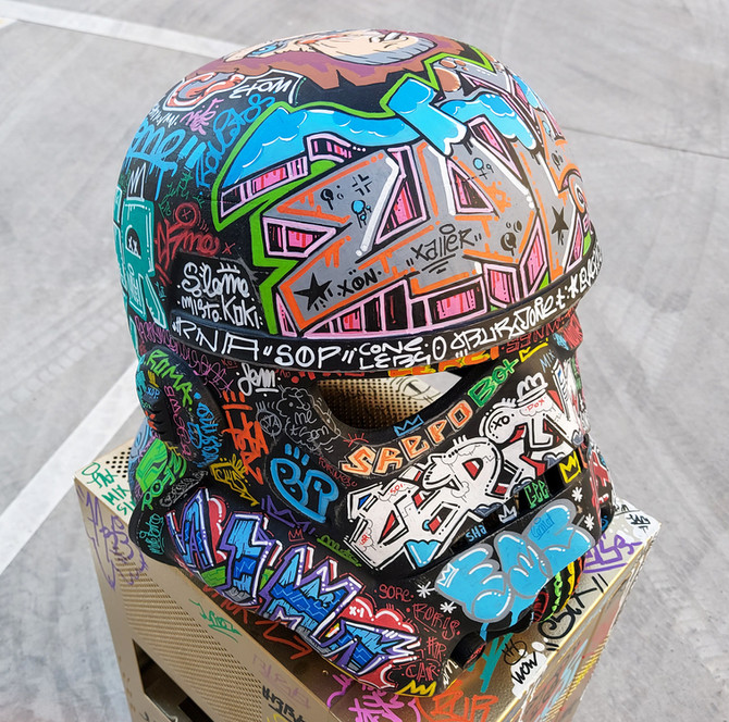Helmet mas madera