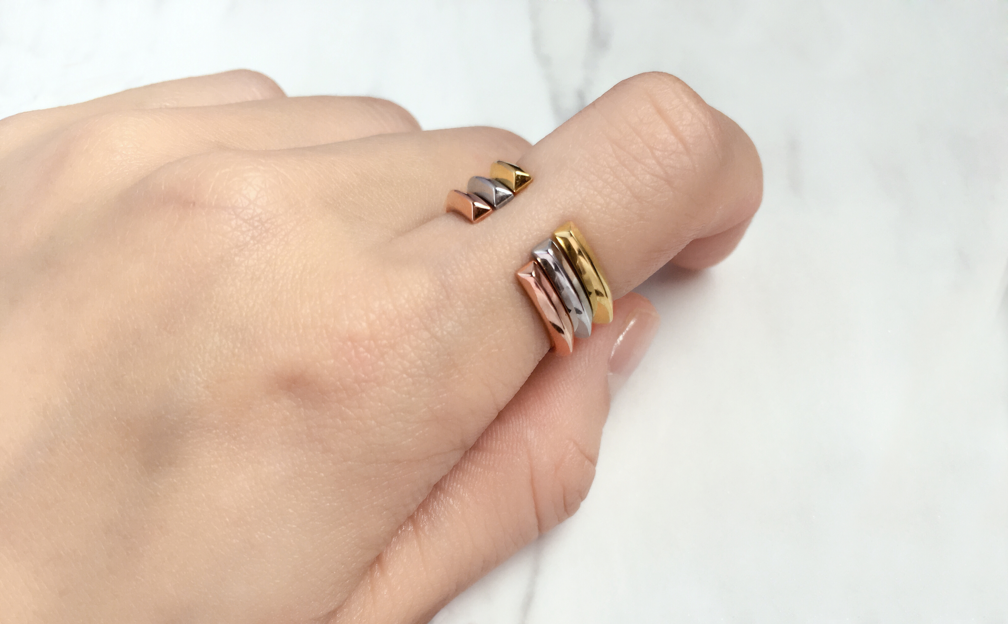 Crescent Slim Triplet Rings