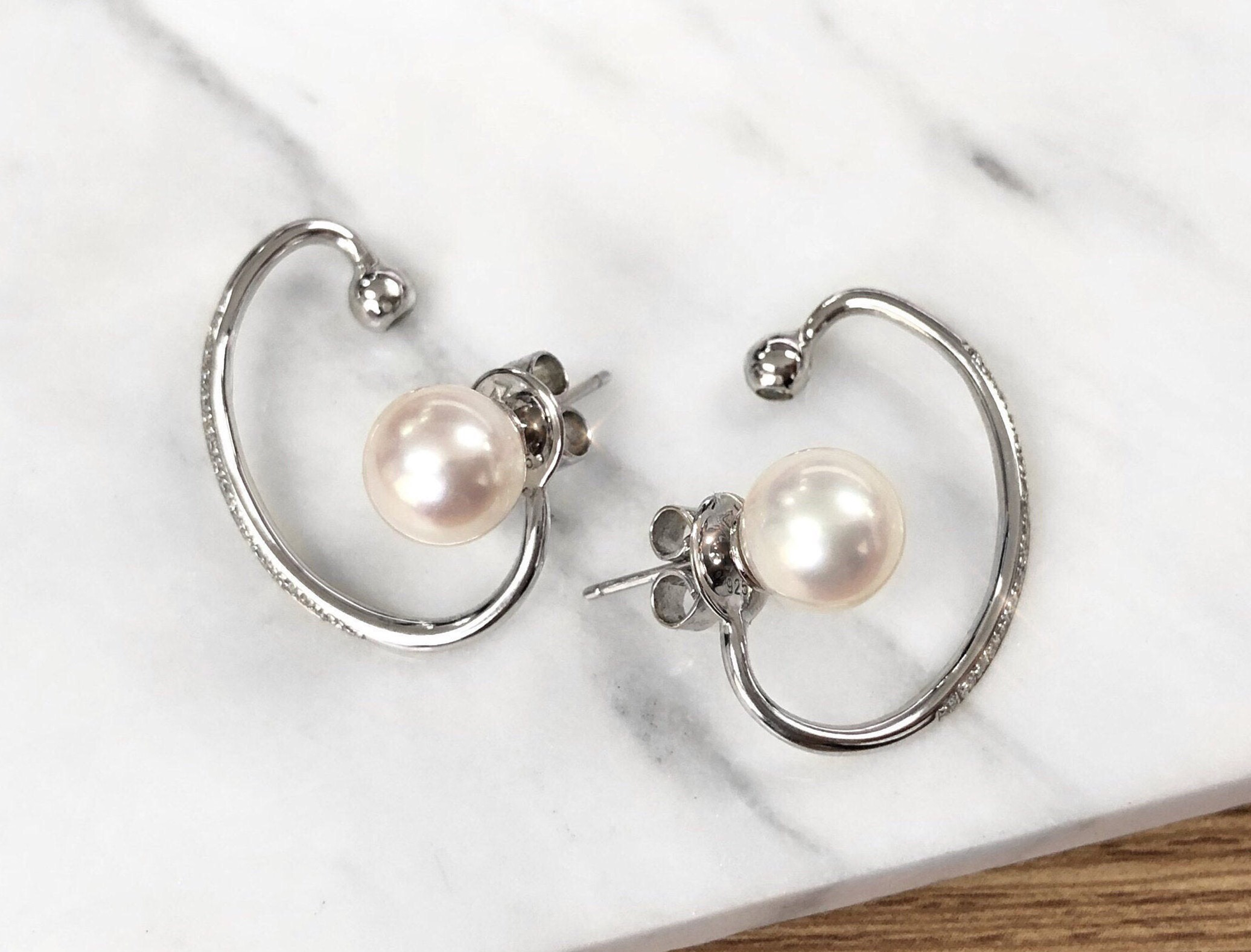Carissa Cuddle Earrings
