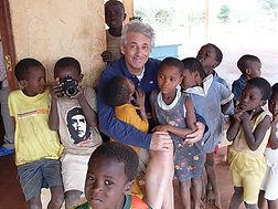 Popi e i bimbi di ChakamaWEB.jpg