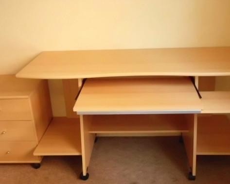 комп'ютерний стіл 002.jpg