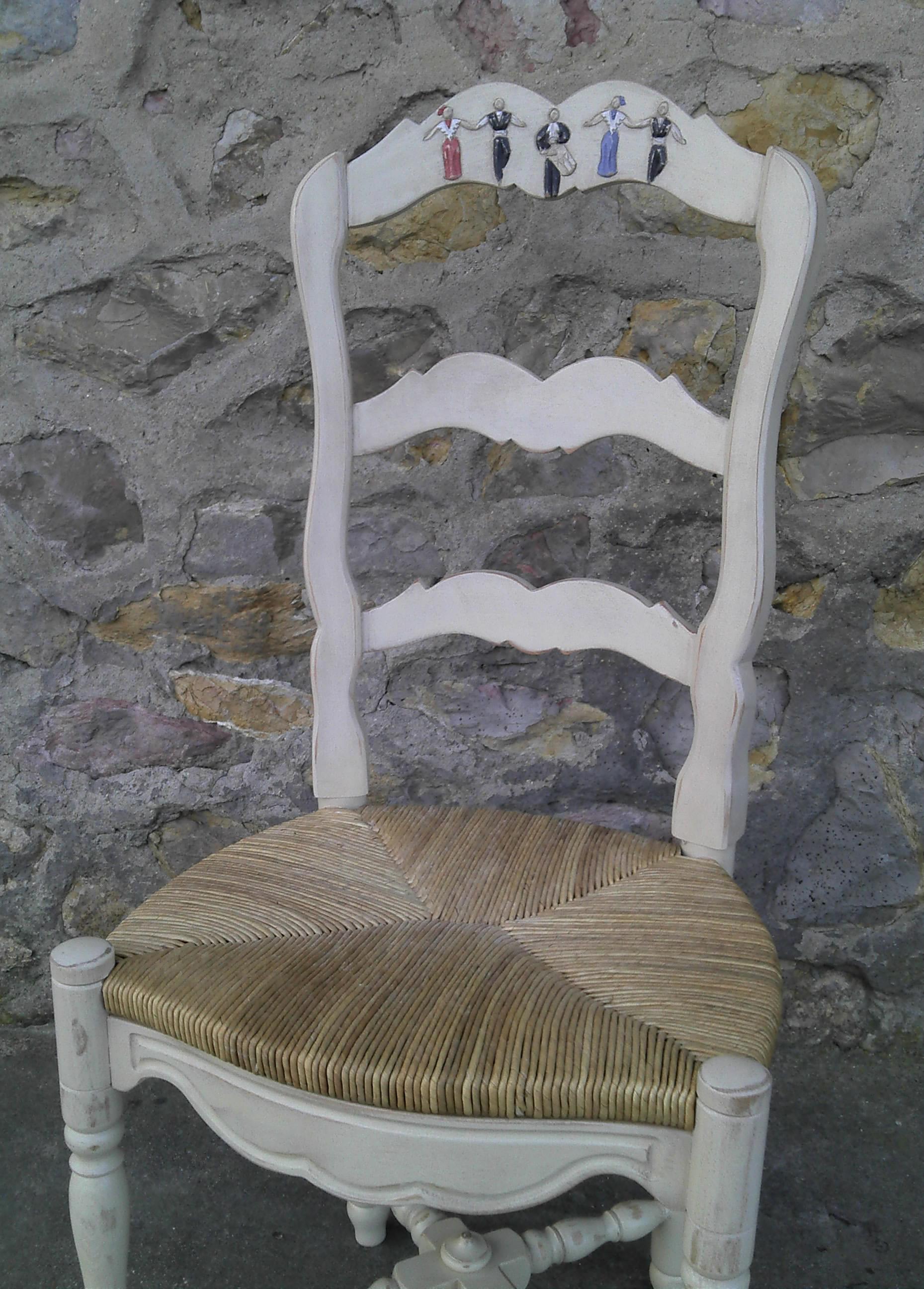 chaise décorée