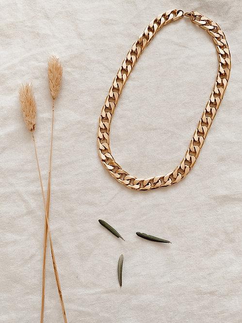Curb chain choker chain