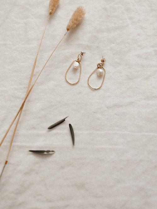 Baptistine earrings