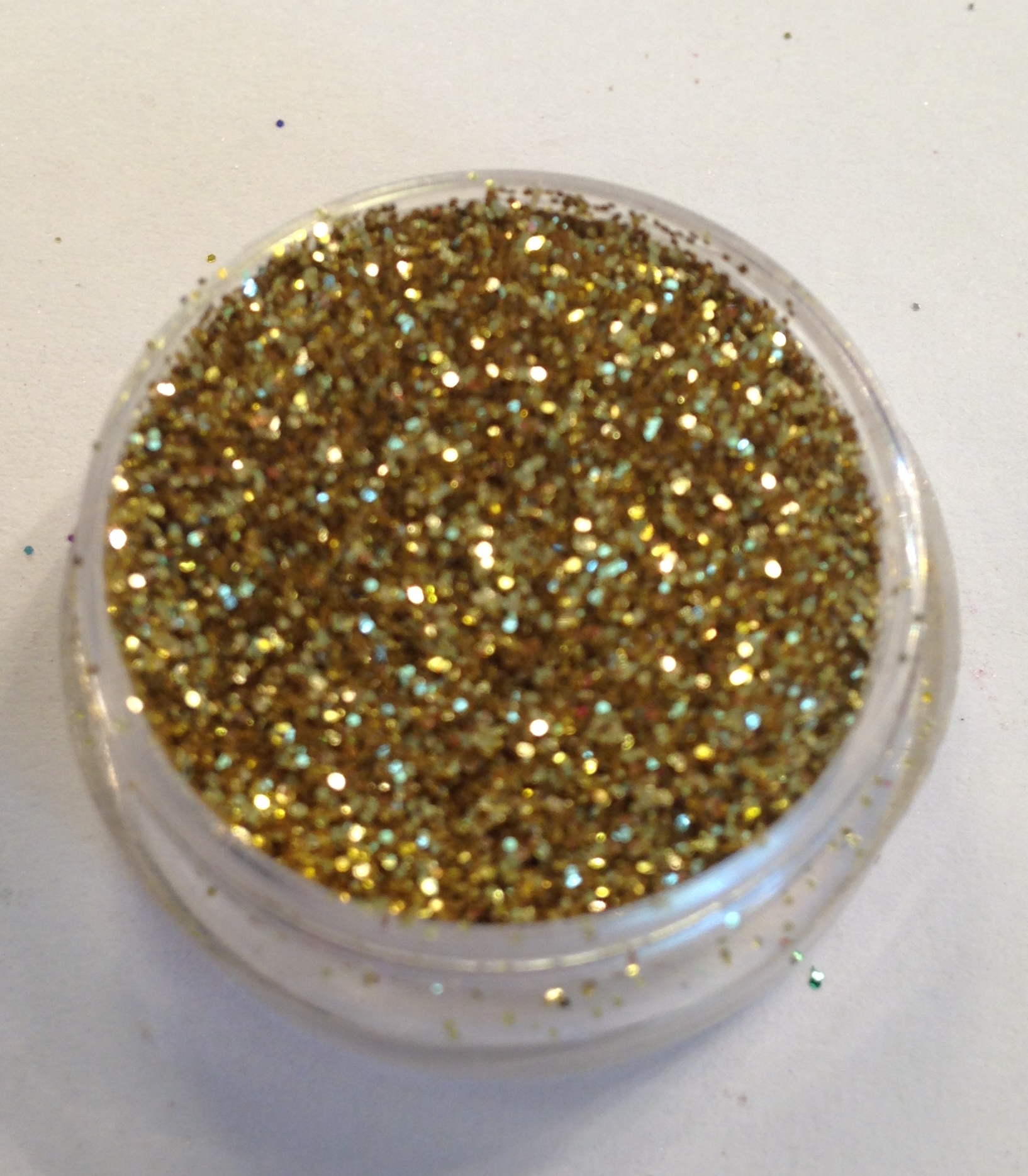 GlamGlitter Gold