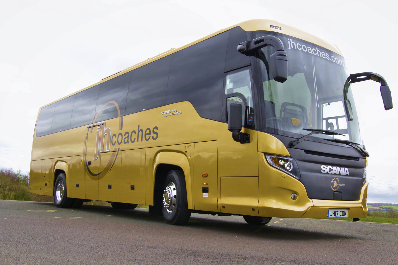 Scania Touring (49 Seats)