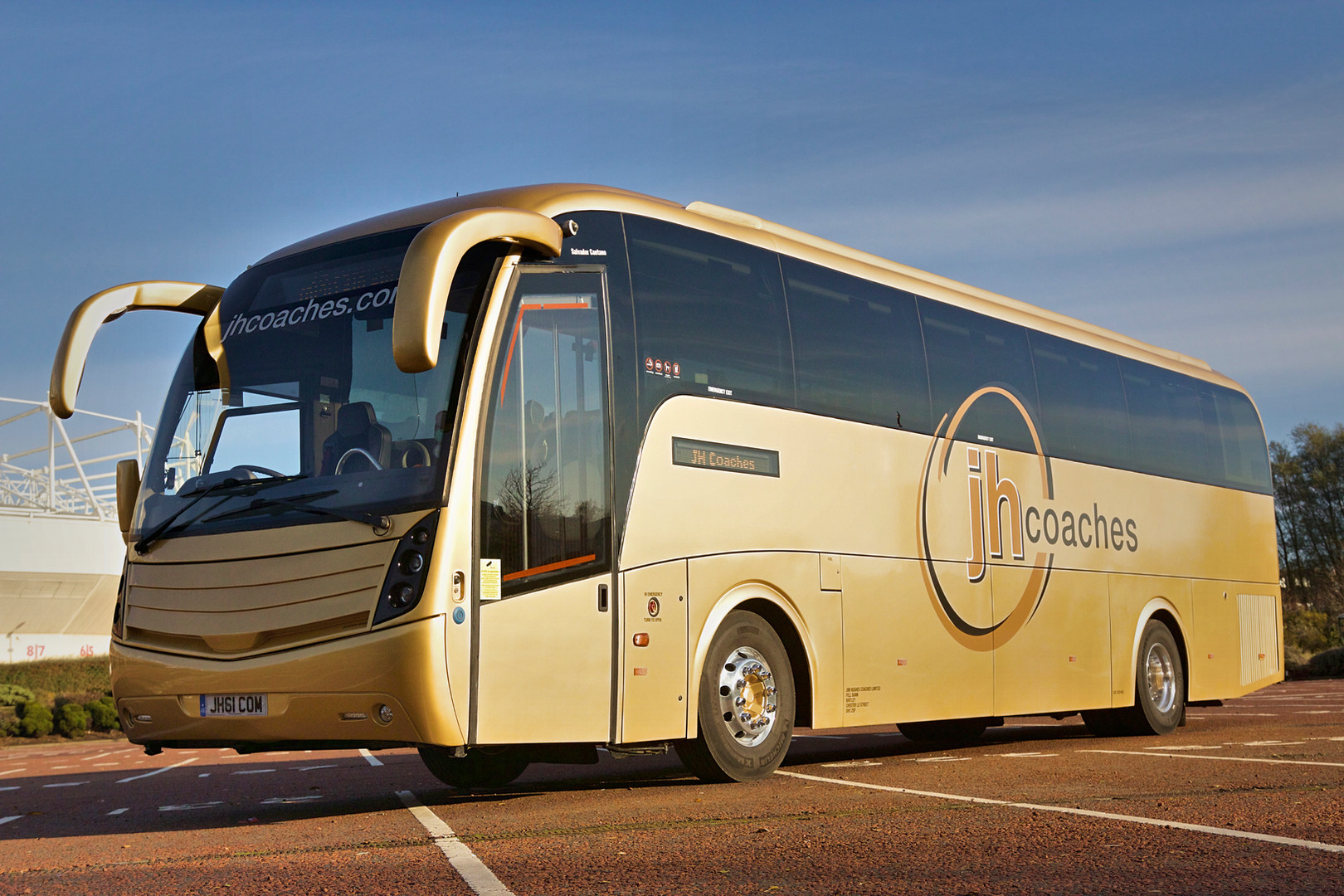 Caetano Levante (48/46 seater) DDA/Wheelchair access
