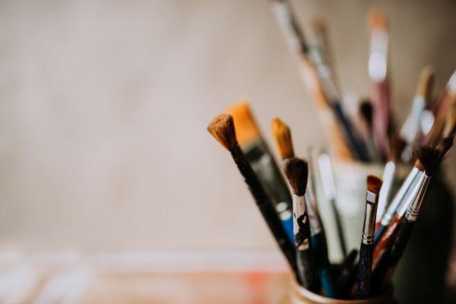 artist-s-paint-brushes-jar-close-up-copy