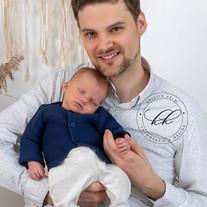 natürliche-babyfotoreportage-und-neugebo