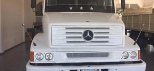 Mercedes Benz 1218