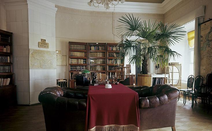 Personal Lenin's office inside the Senat