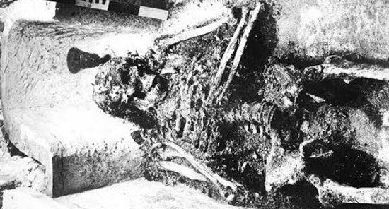 Skeleton of Ivan the Terrible_edited.jpg