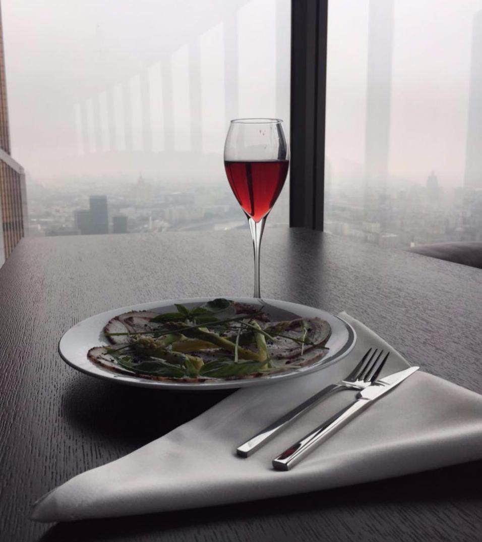 Ресторан в Москва Сити на 62 этаже Sixst