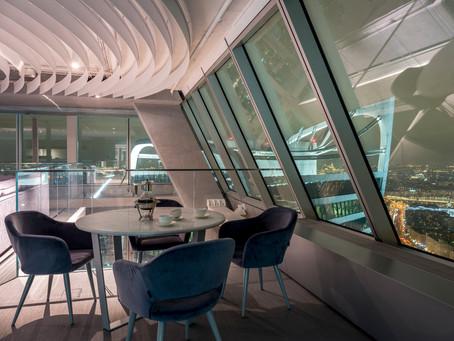 Ресторан Atmosfera в Москва Сити на 58 этаже открывает свои двери для гостей с 10.00 до 23.00