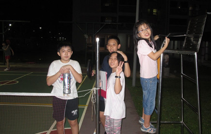 Kids waiting their turn for Skill Assessment.  Assessment was suspended momentarily due to rain that day.  Left – Jed Yap, Koh Wun Jin, Koh Wun Qi, Lin Ziqing.