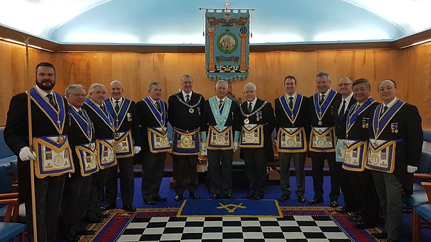 The new Worshipful Master and visitors from Province