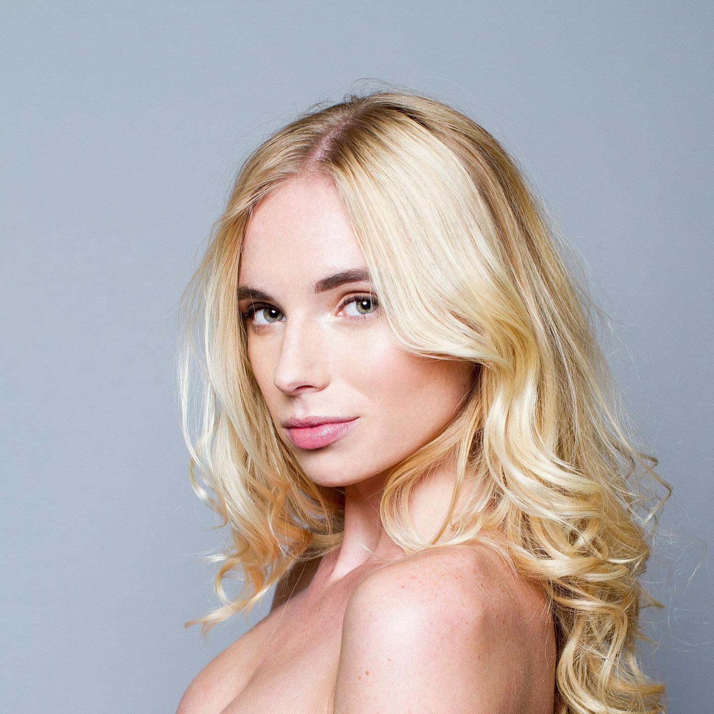 Leanna Leigh