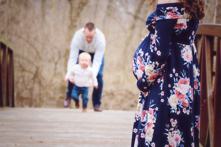 Big Brother Maternity Pictures, Greenwood Indiana