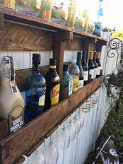 Mini bar with top shelf using pallet wood