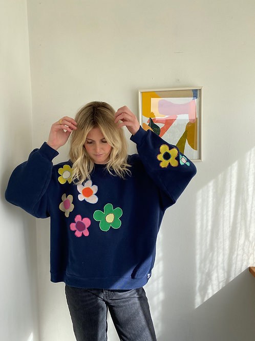 love flower sweater