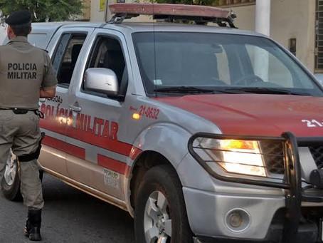 Polícia aborda van e prende mulher com mais de 11 quilos de droga na AL-101 Sul