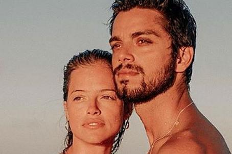 Agatha Moreira conta como se apaixonou por Rodrigo Simas: 'É muito louco'