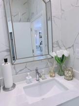 washroom.jpg
