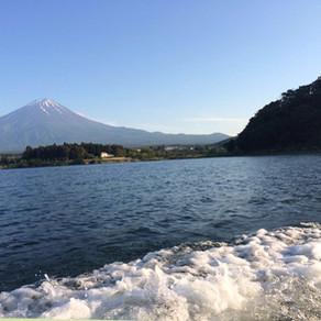 河口湖看富士