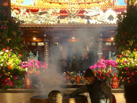 Taoist Temples in Formosa   你家大門附近的廟