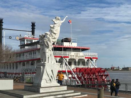工業遺產的觀光化 蒸汽船遊密西西比河