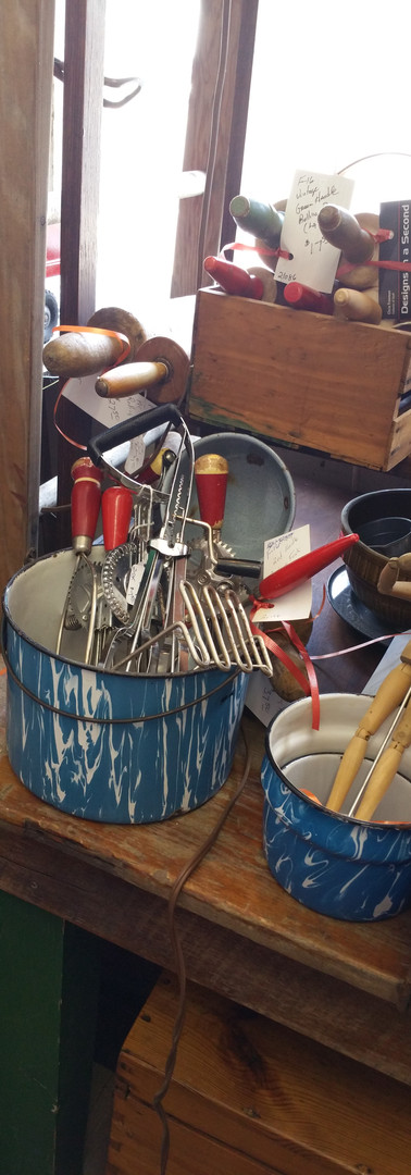 vintage and upcycling cookware