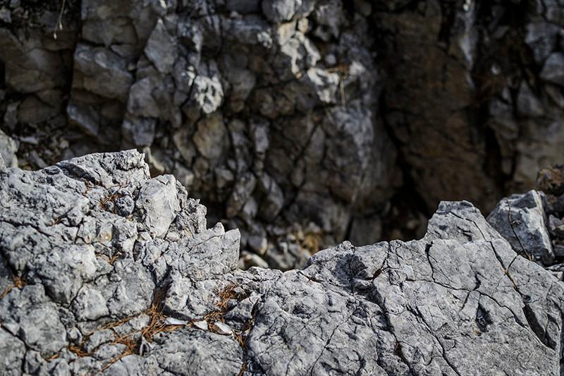 @ Cristiana Gasparotto_Montaña abierta_rocas