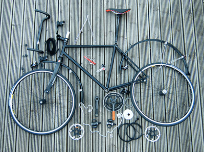 WHEELS OF STEEL: Designing and building a home made bike...