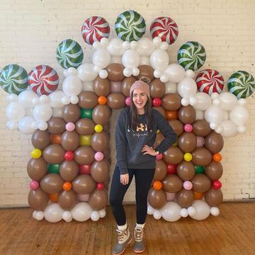 Gingerbread balloon sculpture