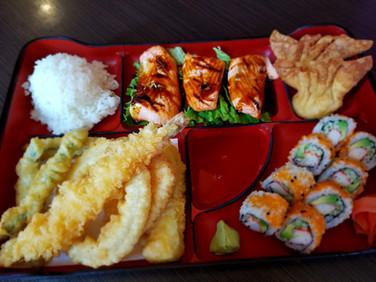 Bento-Salmon Teriyaki
