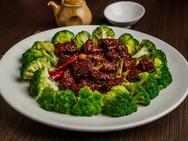 Asian Style Spicy Singapore Filet Mignon Dinner Entrées