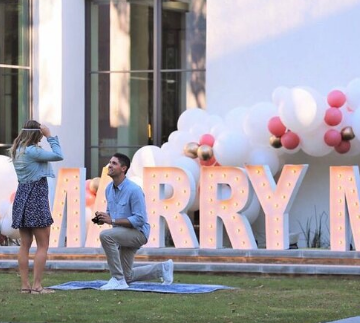 Letters with balloons